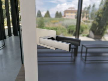Scrigno - Essential Swing glass door Mirr2 - detail