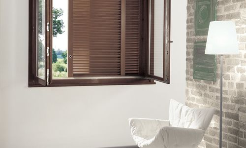 Granbelvedere for two parallel sliding concealed shutters